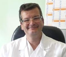 Dott. Massimo Puoti che fa parte dei medici fondazione niguarda.
