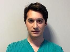 Dott. Stefano Di Sandro che fa parte dei medici fondazione niguarda.